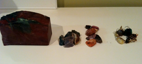 The progression of rock tumbling, from stone to jewelry